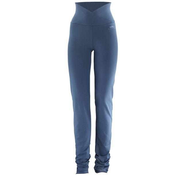 Kamah yoga and style Hose Cameron bei Sport Schuster München
