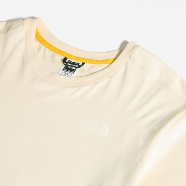 The North Face W LIBERTY TEE bei Sport Schuster München