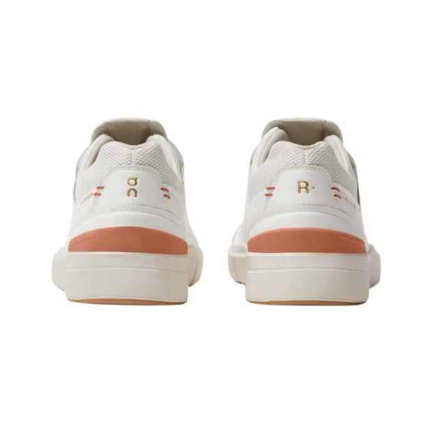 The Roger Centre Court w Hellrot_WHITE SIENNA | 6,5