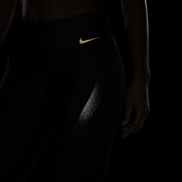 Nike W NK Icon Clash Speed 7/8 Tight bei Sport Schuster München